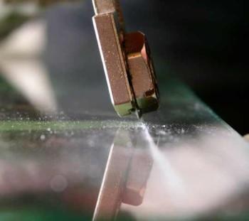 как пользоваться стеклорезом