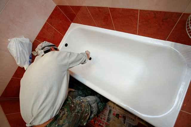 Как обновить чугунную ванну своими руками видео