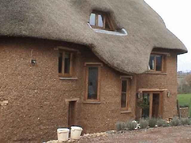Как я построил дом своими руками из самана