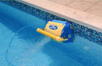 очистка и дезинфекция воды в бассейне