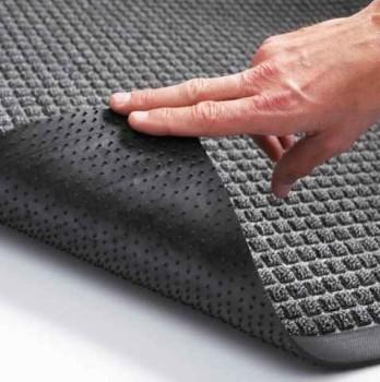 как стелить резиновое покрытие