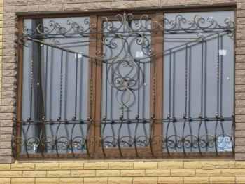 виды металлических решеток на окна