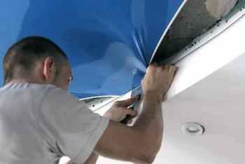 отделка натяжным потолком