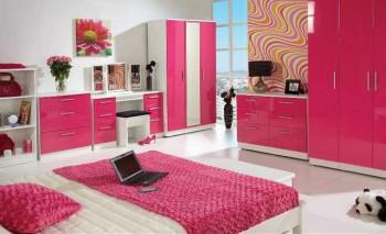 розовый интерьер в доме