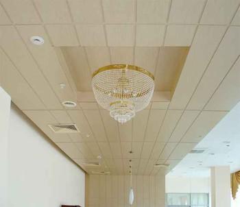 монтаж ламелей на потолке