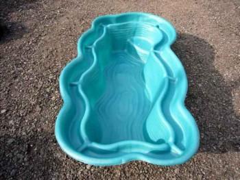 пластиковый пруд для дачи